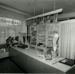Sanitätshaus Kniesche 1990
